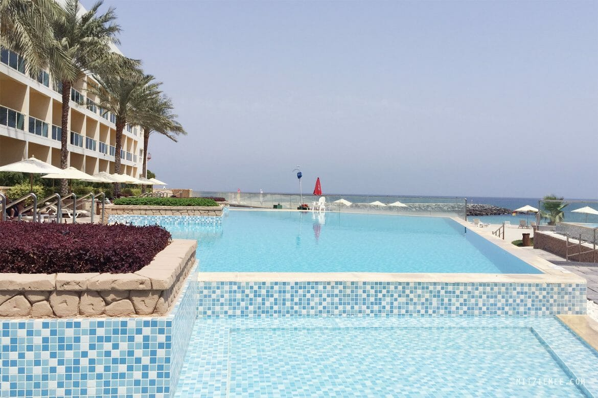 The pool at Radisson Blu Fujairah