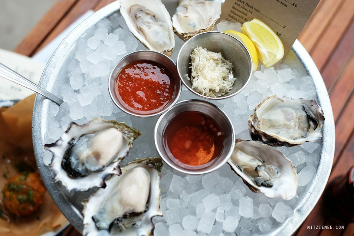 L & E Oyster Bar in Los Angeles
