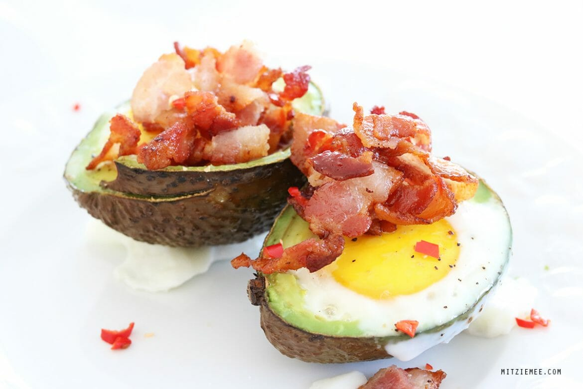 Baked avocado with bacon and chili