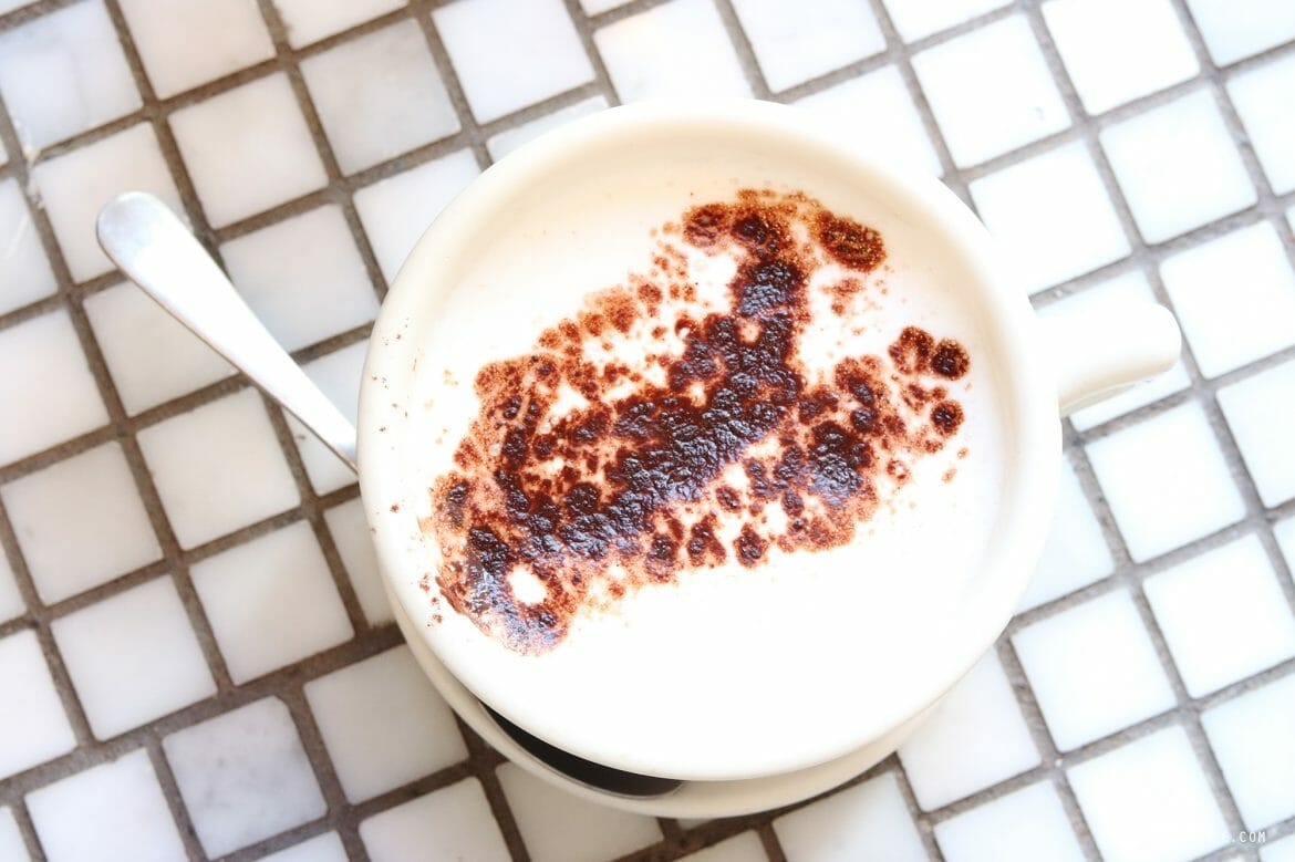 Hot chocolate at Woops, cafe, New York