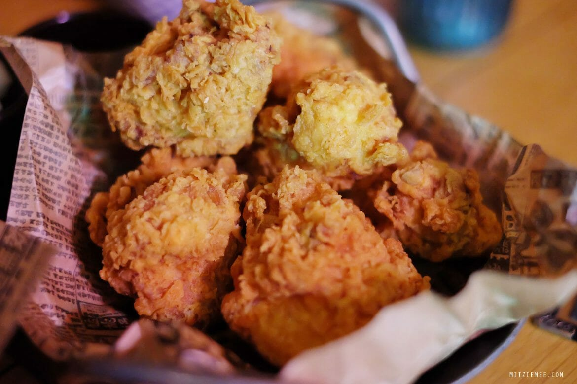 Korean fried chicken, YG Republique, K-Pub, Seoul