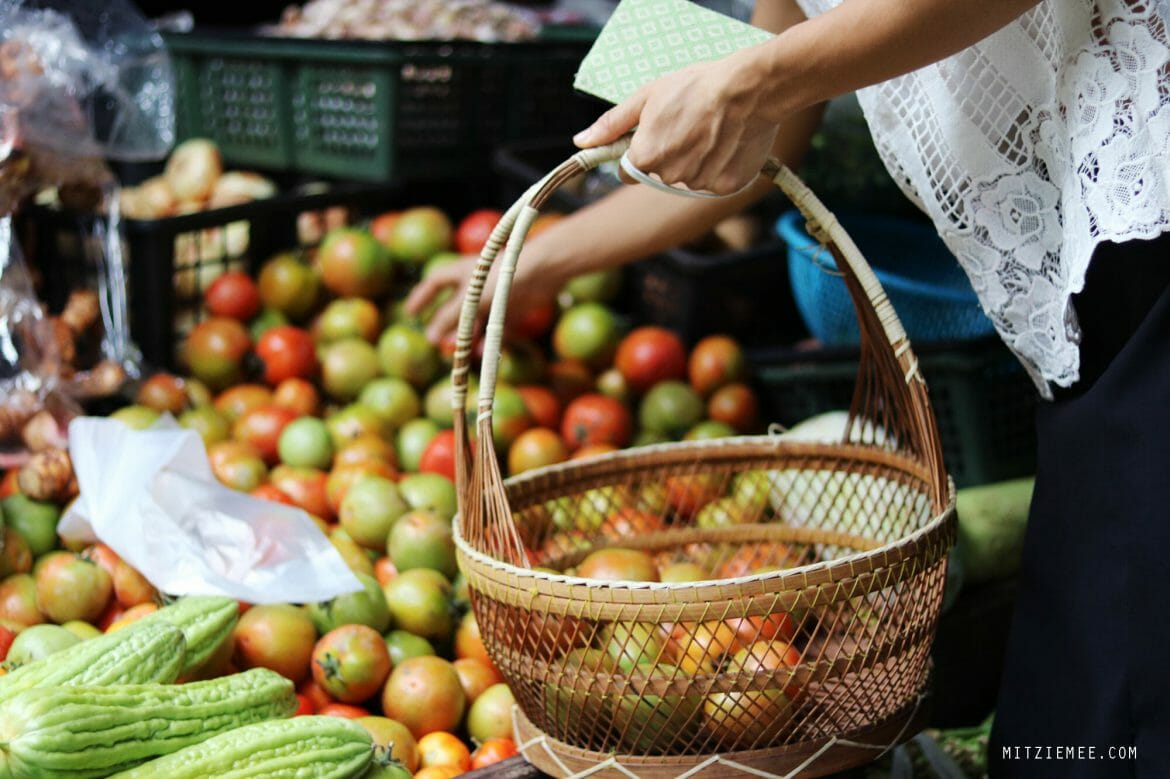 Tomatoes, market in Mae Sot