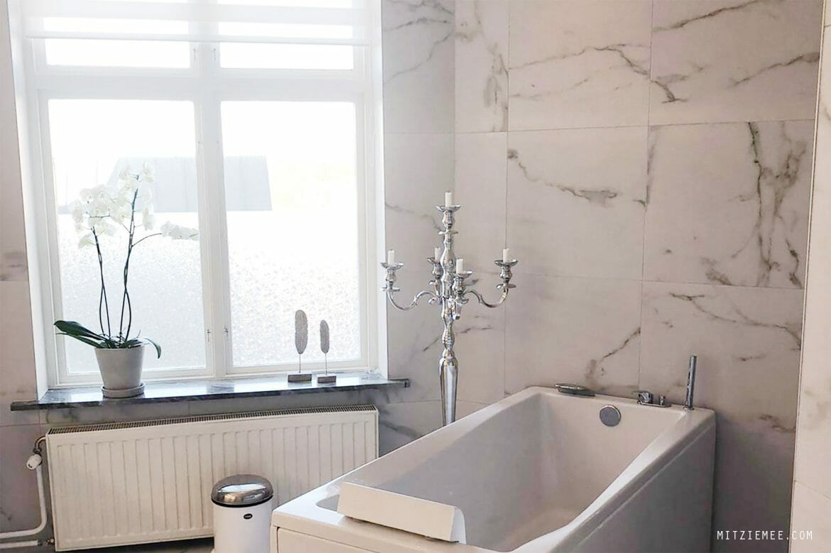 Rikke's beautiful bathroom, skincare after 40