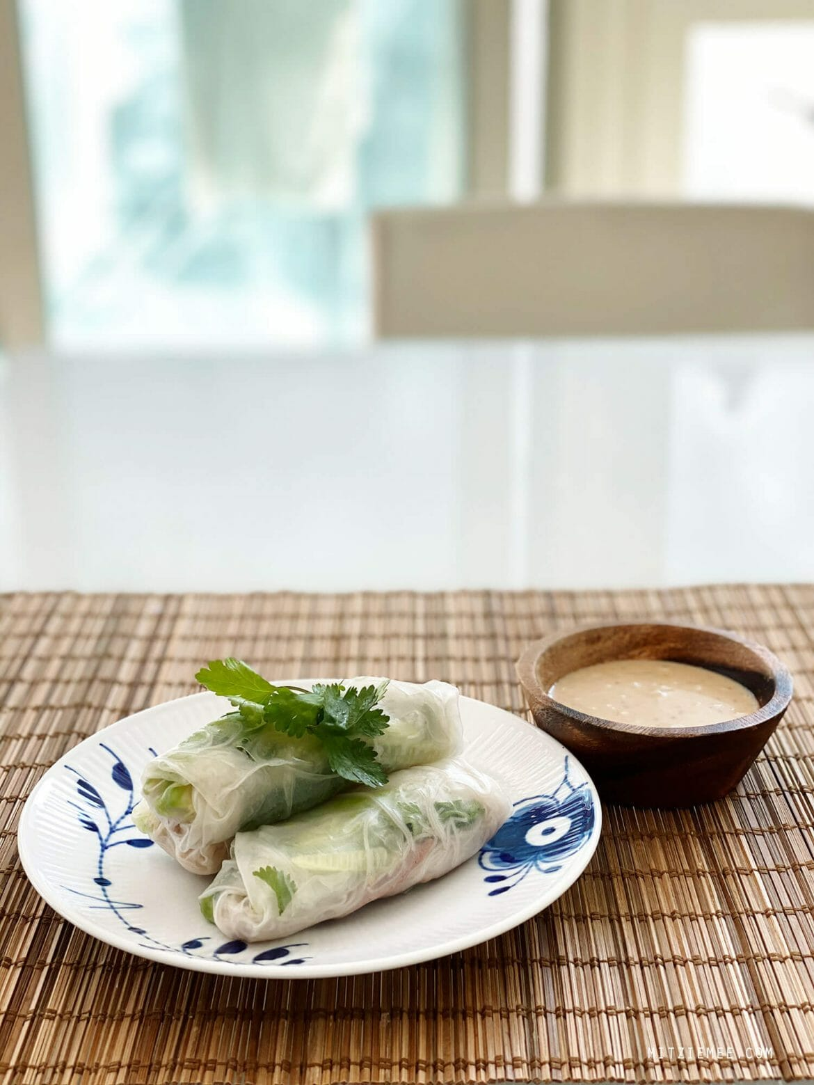 Rice paper rolls with roast duck and avocado